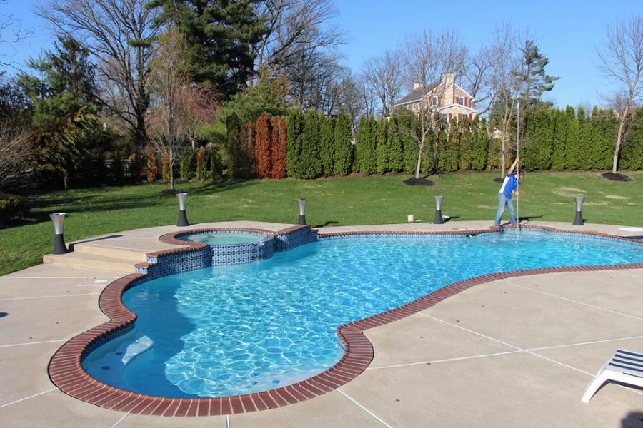 pool-cleanings